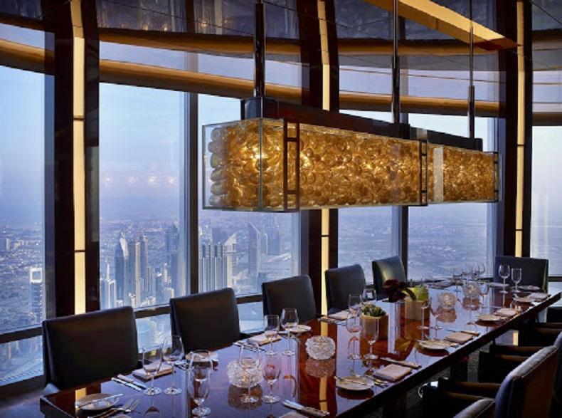 رستوران اتمسفر برج خلیفه