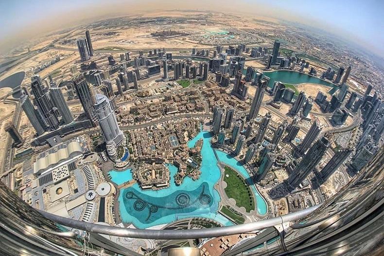 نمای بالای برج خلیفه