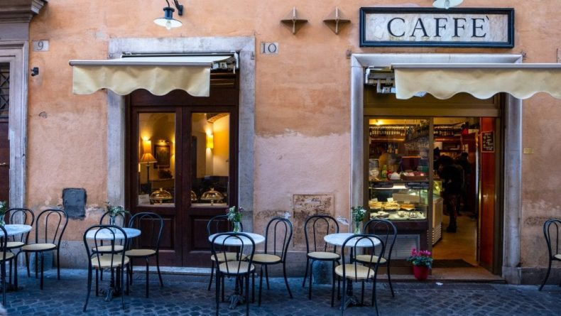 کافه در رم