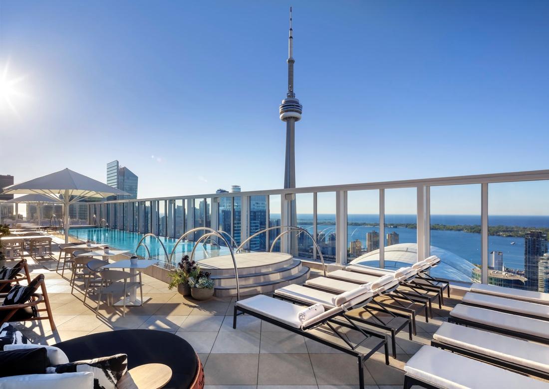 هتل Bisha Hotel - تورنتو
