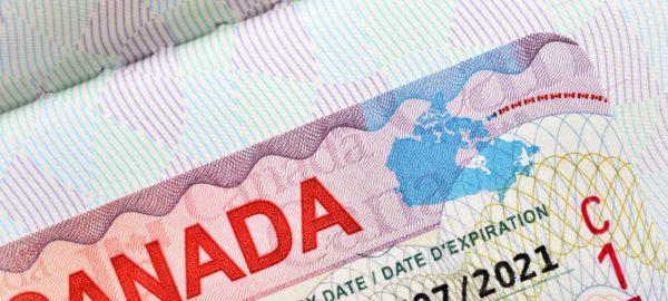بررسی ویزای کانادا