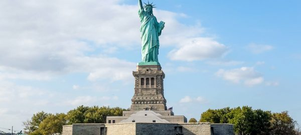 بازگشایی مرزهای آمریکا به روی توریست ها از 8 نوامبر
